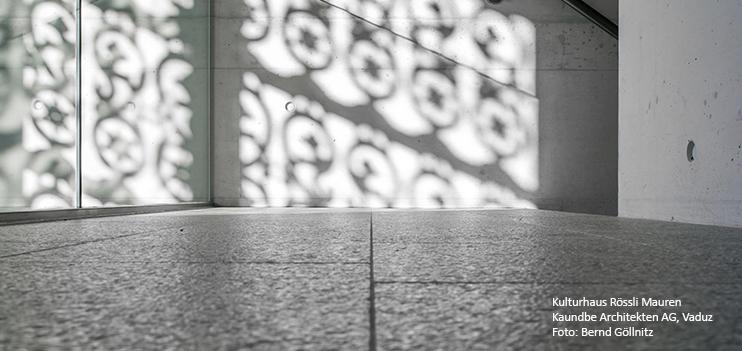 gs124_Licht_Schatten_Kunstschmiede